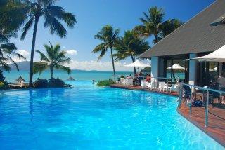 รับทำสระว่ายน้ำโรงแรม