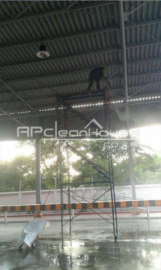 รับทำความสะอาดที่สูง
