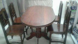 ชุดโต๊ะอาหารไม้มะค่า 4ที่นั่ง
