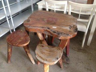ชุดโต๊ะไม้จริงสนามเก้าอี้ 4ตัว