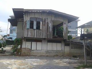 รับซื้อบ้านไม้เก่า พระราม 9