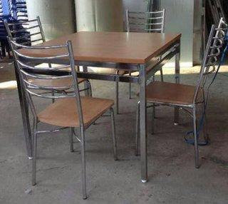โต๊ะอาหาร ขาชุปโครเมี่ยม