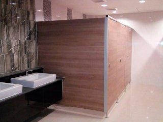 ผนังห้องน้ำ