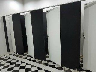 ผนังกั้นห้องน้ำ อุทัยธานี