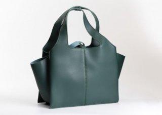 กระเป๋า รุ่น MARIBU