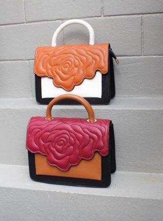 กระเป๋า รุ่น Camilla
