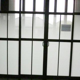 สติ๊กเกอร์ติดกระจกกันแสง