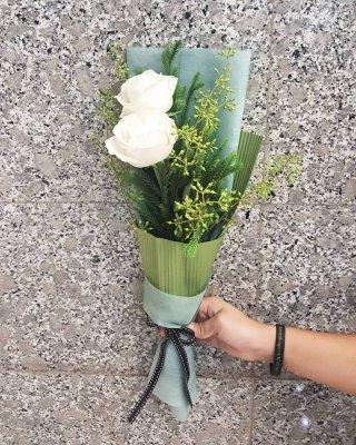 บริการรับจัดช่อดอกไม้สด