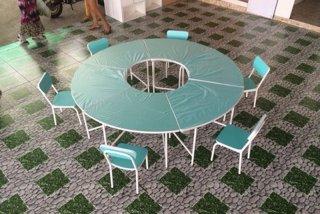 โต๊ะนักเรียนตามสั่ง