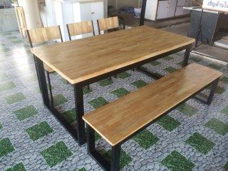 ชุดโต๊ะอาหารไม้ยางพารา