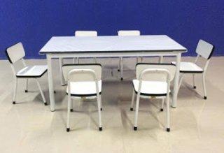 ชุดโต๊ะนักเรียนอนุบาล พร้อมเก้าอี้นั่งเดี่ยว
