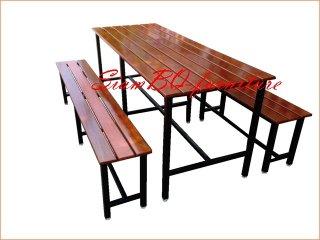 โต๊ะอาหารไม้เต็ง ขาทำจากเหล็ก