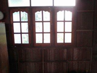 จำหน่ายประตู หน้าต่าง