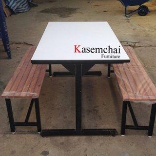 โต๊ะโรงอาหารหน้าขาว เก้าอี้ไม้ระแนงยาว 2 ตัว