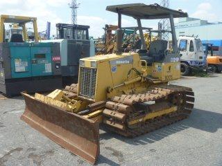 เครื่องจักรก่อสร้าง KOMATSU D21P 7E 80175