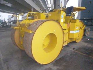 เครื่องจักรก่อสร้าง KAWASAKI K12II K122 0186