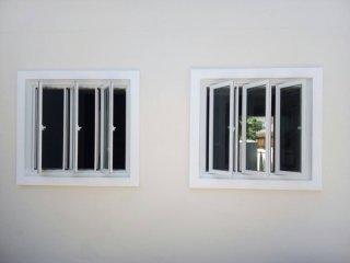รับติดตั้งกระจกอะลูมิเนียม
