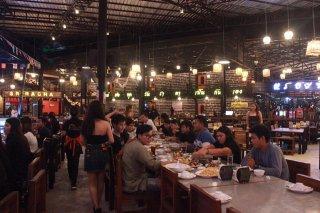 ร้านอาหารดนตรีสด ชลบุรี