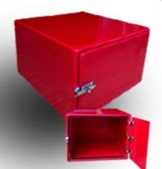 กล่องไฟเบอร์กลาส สีแดง ความจุ 165 ลิตร