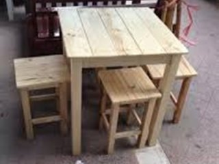ชุดโต๊ะไม้สำหรับร้านอาหาร