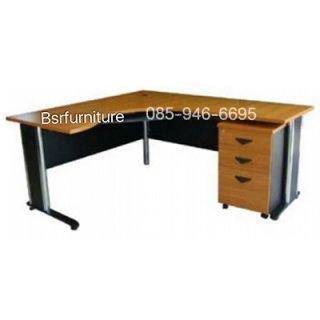 โต๊ะทำงานเมลามีน ขาเหล็ก