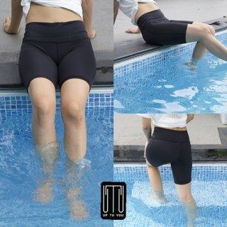 กางเกงว่ายน้ำ สีดำล้วน