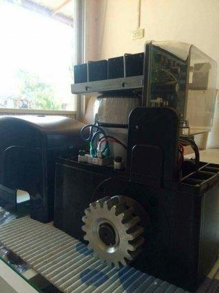 มอเตอร์ประตูรีโมท Vero dc รุ่น 600 kg.