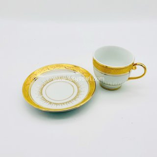 แก้วกาแฟ ลายครึ่งใบเบญจรงค์ สีทอง