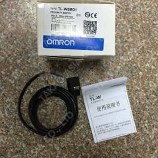 Omron proximity switch รุ่น TL-W5MD1