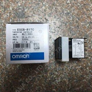 Omron temperature controller รุ่น E5CB-R1TC