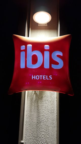 ป้าย IBIS : ป้าย - กล่องไฟ