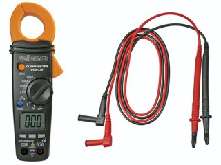 DIGITAL CLAMP MULTIMETER WITH DATA HOLD