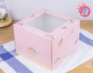 กล่องเค้ก 1 ปอนด์ ชมพูดอกพิโอนี่ (ทรงสูง)