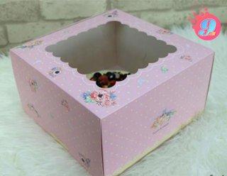 กล่องเค้ก 2 ปอนด์ ชมพูดอกพิโอนี่ (ทรงสูง)