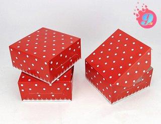 กล่องสแน็คเล็ก ลายแดงจุดขาว