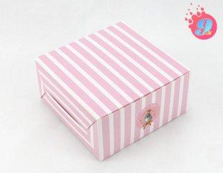 กล่องสแน็คเล็ก ลายทางสีชมพู แพ็ค 100 ใบ