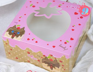 กล่องคัพเค้ก 4 ชิ้น ชมพูดอกพิโอนี่