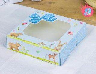กล่องบราวนี่ลายสีน้ำ Blue Animals