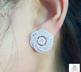 ต่างหู รุ่น Big Twist Diamond earring