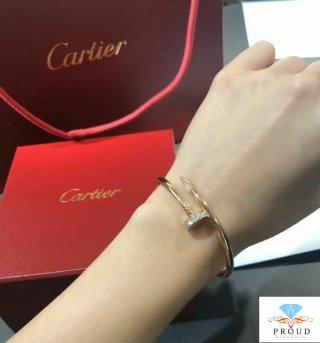 กำไลข้อมือเพชร Cartier Juste Un Clou