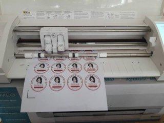 รับพิมพ์สติกเกอร์ติดสินค้าด่วน