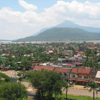 Vientiane-NamNgum Dam-Vang Vieng 5 days 4 nights